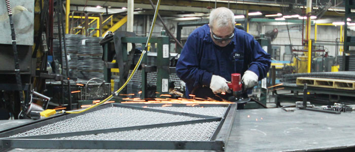 Custom Manufacturing Benefits